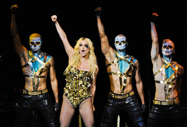 Ke$ha performs with backup dancers during the second night of KIIS FM's Jingle Ball at Nokia Theatre LA Live in Los Angeles on December 3, 2012. (Photo by Chris Pizzello/Invision)