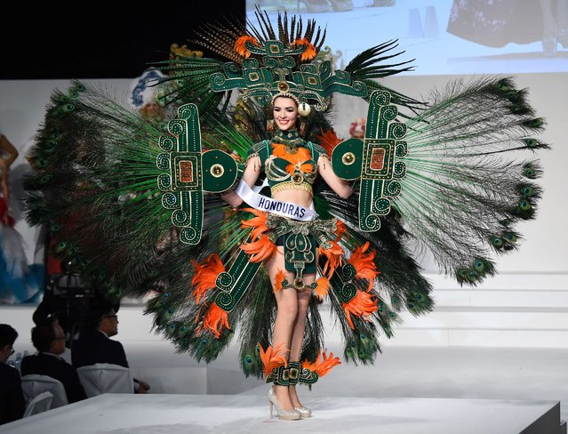 Miss Honduras Jennifer Valle displays her national costume during the Miss International beauty pageant in Tokyo on November 5, 2015. (Photo by Toru Yamanaka/AFP Photo)