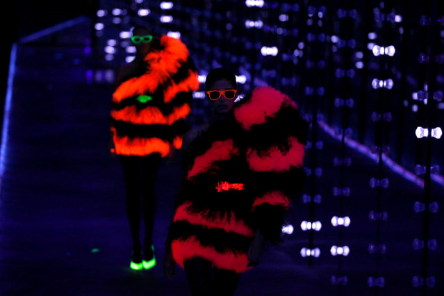 Models present creations by designer Anthony Vaccarello as part of his Fall/Winter 2019-2020 women's ready-to-wear collection for fashion house Saint Laurent during Paris Fashion Week in Paris, France, February 26, 2019. (Photo by Regis Duvignau/Reuters)