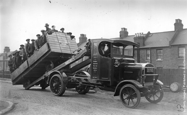 1924: Wandsworth dustmen on board a lorry which took them to work during a strike
