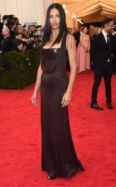 "Model Adriana Lima attends the ""Charles James: Beyond Fashion"" Costume Institute Gala at the Metropolitan Museum of Art on May 5, 2014 in New York City. (Photo by Larry Busacca/Getty Images)"