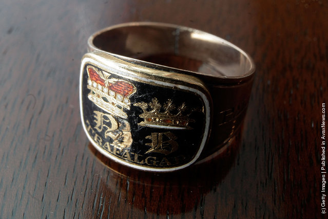A Nelson mourning ring, one of 58 made to commemorate the death of Lord Nelson