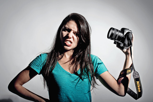 Nikon Girl. (Photo by Bruno e Daniel Gomes)