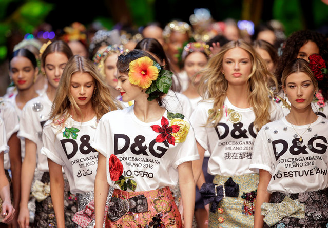 Models present creations at the D&G fashion show during Milan Fashion Week Spring/Summer 2017 in Milan, Italy September 25, 2016. (Photo by Max Rossi/Reuters)