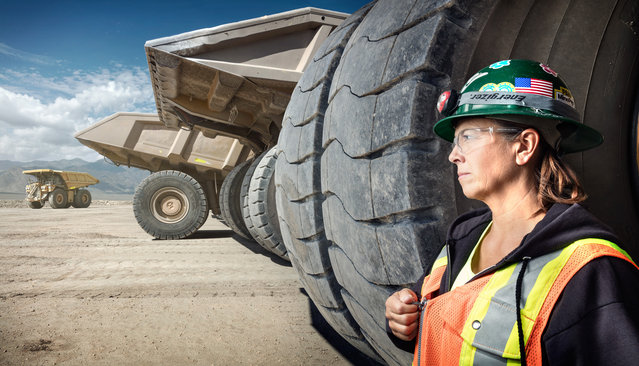 Leeann Johnson, a haul truck driver at the Round Mountain goldmine in Nevada. (Photo by Chris Crisman/The Guardian)