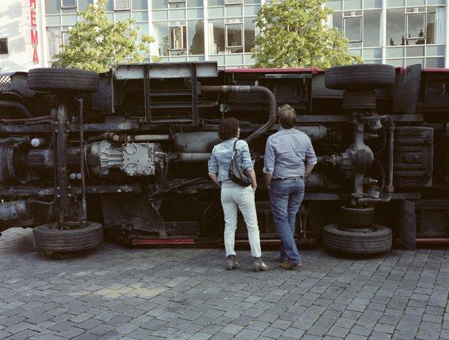 """Inspection"". (Photo by Joris Ruigewaard)"