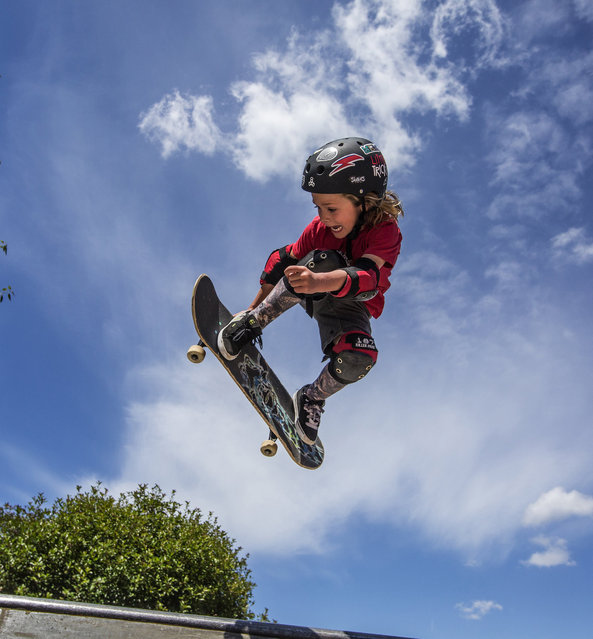 """Fox Rio Brunner does a Backside Melon at the Highland Skate Plaza in Bellevue, Wash. """"He'll do the same trick all day"""", says his dad Jamie. (Photo by Steve Ringman/The Seattle Times/TNS)"""