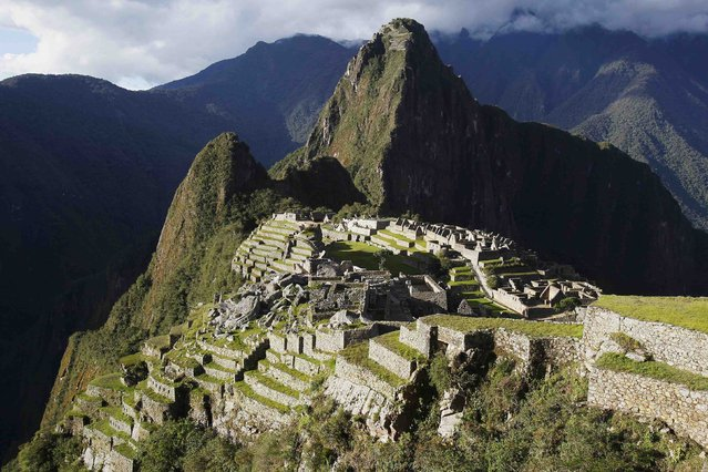 A general view of the Inca citadel of Machu Picchu is seen in Cusco December 2, 2014. (Photo by Enrique Castro-Mendivil/Reuters)