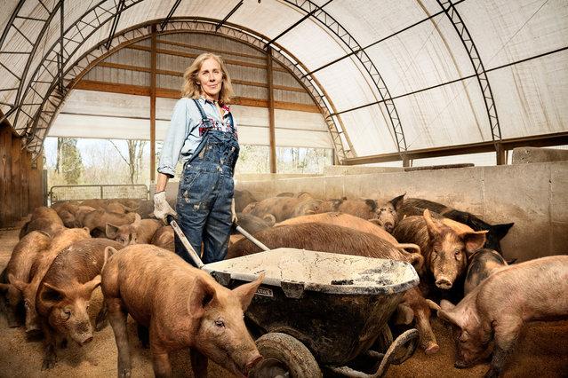 Nancy Poli, a pig farmer at Stryker Farms, Saylorsburg, Pennsylvania. (Photo by Chris Crisman/The Guardian)