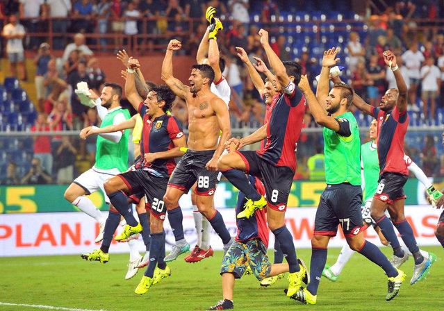 Genoas players jubilate after the end of the Italian Serie A soccer match Genoa Cfc vs Hellas Verona at Luigi Ferraris stadium in Genoa, Italy, 30 August 2015. (Photo by Luca Zennaro/EPA)