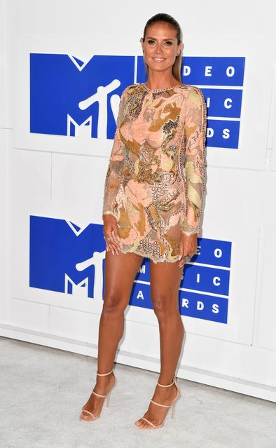 Model Heidi Klum arrives for the 2016 MTV Video Music Awards August 28, 2016 at Madison Square Garden in New York. (Photo by Angela Weiss/AFP Photo)