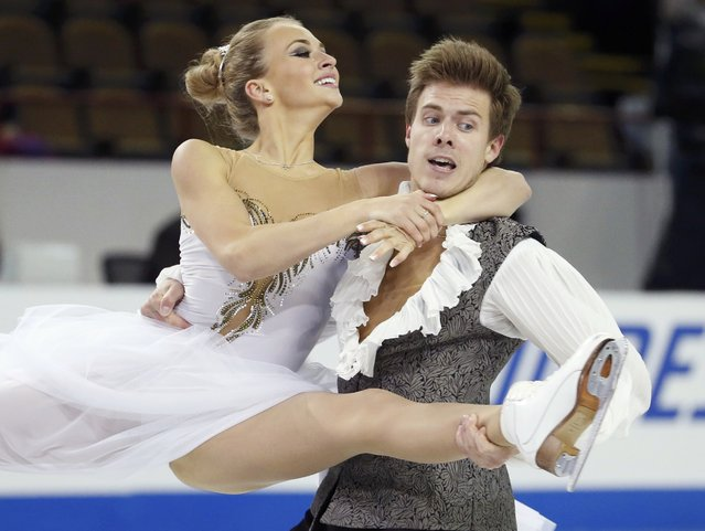 Victoria Sinitsina and Nikita Katsalapov of Russia perform during the ice dance short program at the Skate America figure skating competition in Milwaukee, Wisconsin October 23, 2015. (Photo by Lucy Nicholson/Reuters)