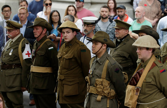 Military uniforms from the World War One era are worn by enthusiasts during a Remembrance Day commemoration of the armistice ending World War One in Sydney, Australia November 11, 2016. (Photo by Jason Reed/Reuters)