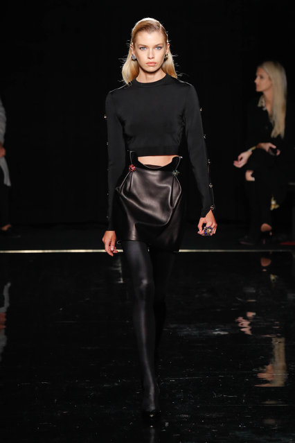 Stella Maxwell walks the runway at the Versace Pre-Fall 2019 Collection at The American Stock Exchange on December 02, 2018 in New York City. (Photo by JP Yim/Getty Images)