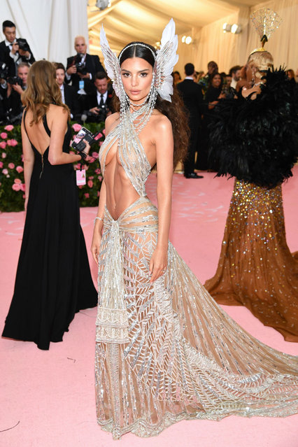 Emily Ratajkowski attends The 2019 Met Gala Celebrating Camp: Notes on Fashion at Metropolitan Museum of Art on May 06, 2019 in New York City. (Photo by Dimitrios Kambouris/Getty Images for The Met Museum/Vogue)