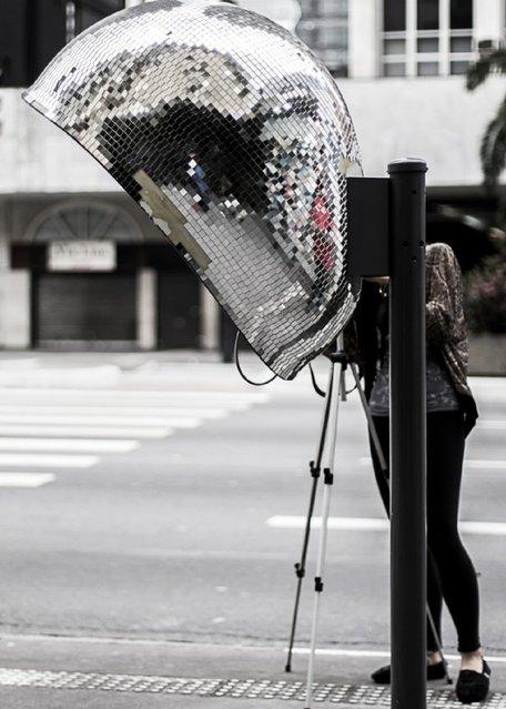 Artwork: Hello Disco Artist: .EmiliAkemi. Address: Avenida Paulista, 800 – in front of the Bradesco
