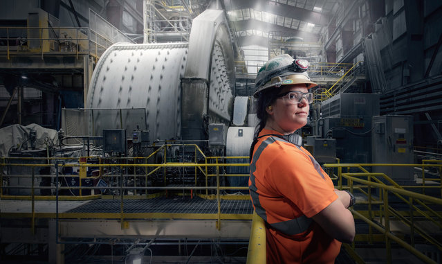 Jordan Ainsworth, a mill operator at Round Mountain goldmine in Round Mountain, Nevada. (Photo by Chris Crisman/The Guardian)