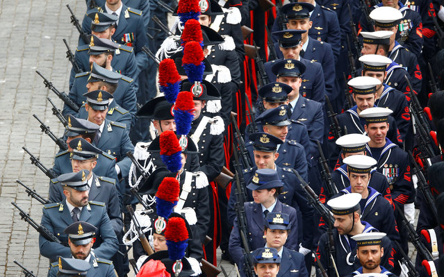 Italian military forces attend the Easter mass led by Pope Francis in Saint Peter's Square at the Vatican April 16, 2017. (Photo by Stefano Rellandini/Reuters)