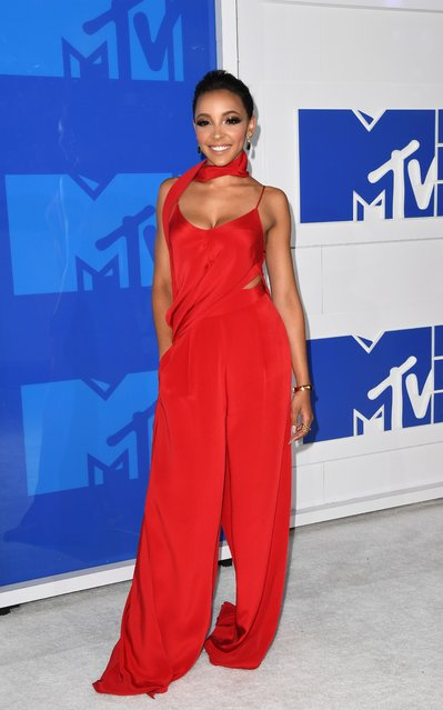 Singer Tinashe arrives for the 2016 MTV Video Music Awards August 28, 2016 at Madison Square Garden in New York. (Photo by Angela Weiss/AFP Photo)