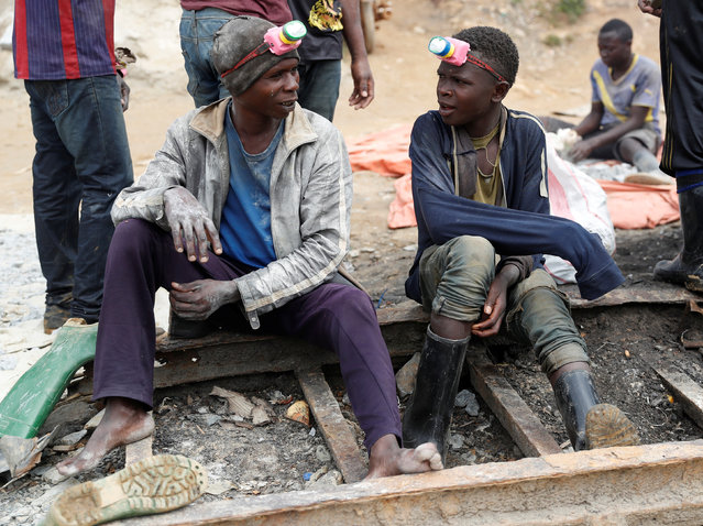 Miners rest at Makala gold mine camp near the town of Mongbwalu in Ituri province, eastern Democratic Republic of Congo on April 7, 2018. (Photo by Goran Tomasevic/Reuters)