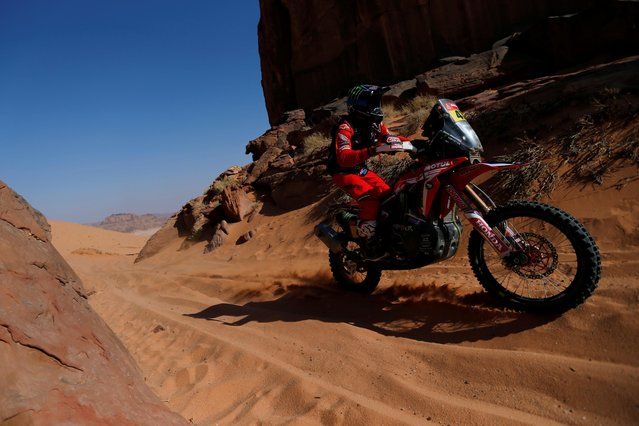Monster Energy Honda Team 2021's Kevin Benavides in action during stage 8, Sakaka to Neom, Saudi Arabia on January 11, 2021. (Photo by Hamad I Mohammed/Reuters)