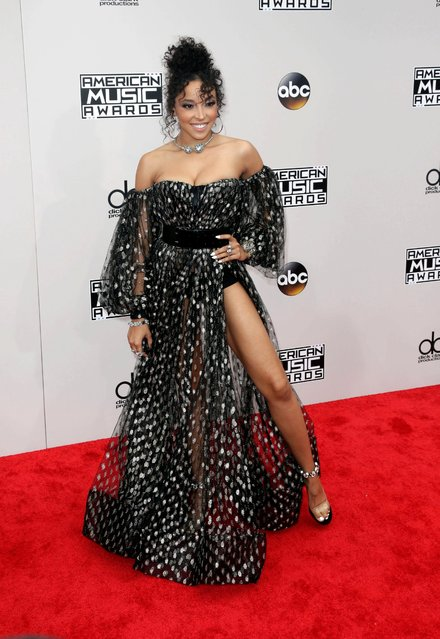 Tinashe arrives for the 2016 American Music Awards at the Microsoft Theatre in Los Angeles, California, USA, 20 November 2016. (Photo by Paul Buck/EPA)