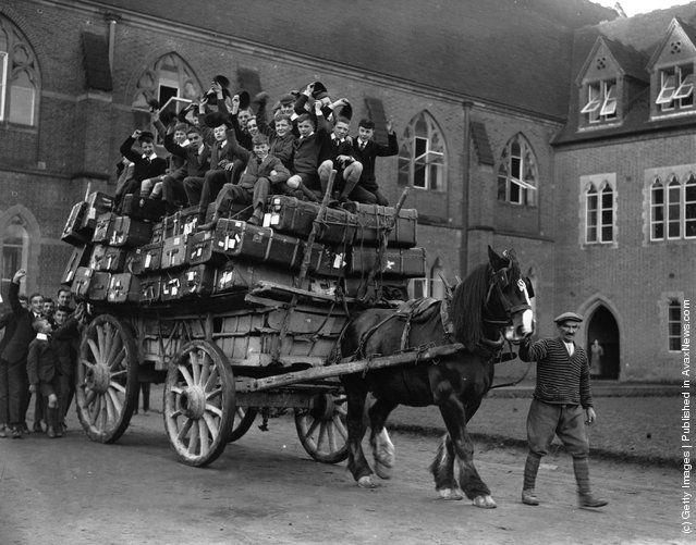 Boys of Ardingly School at the start of the Christmas holidays, 1926