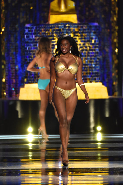 Miss District of Columbia Briana Kinsey competes in the swimsuit competition of the 97th Miss America Competition in Atlantic City, New Jersey U.S. September 10, 2017. (Photo by Mark Makela/Reuters)