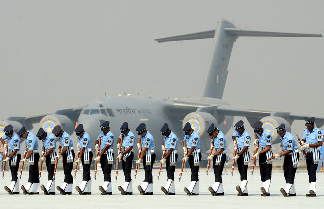 The Indian Air Force Soldiers and officers practice for the 85th Indian Air Force Day (IAF) during the Air Force Day parade at the Hindon Air Force Station in Ghaziabad, on the outskirts of New Delhi, India on October 08, 2017. The Indian Air Force celebrated the 85th Air Force Day. (Photo by Imtiyaz Khan /Anadolu Agency/Getty Images)