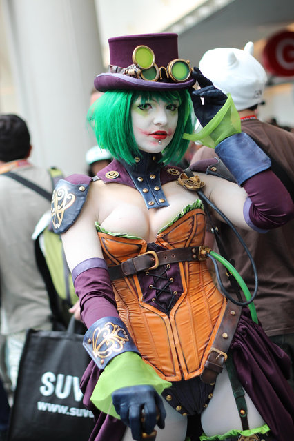 Duela Dent. Comic-Con International: San Diego 2012. (Photo by Pat Loika)