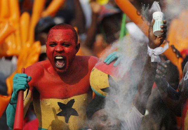 Ghana fans cheer during the team's 2015 African Cup of Nations Group C soccer match against Algeria in Mongomo January 23, 2015. (Photo by Mike Hutchings/Reuters)