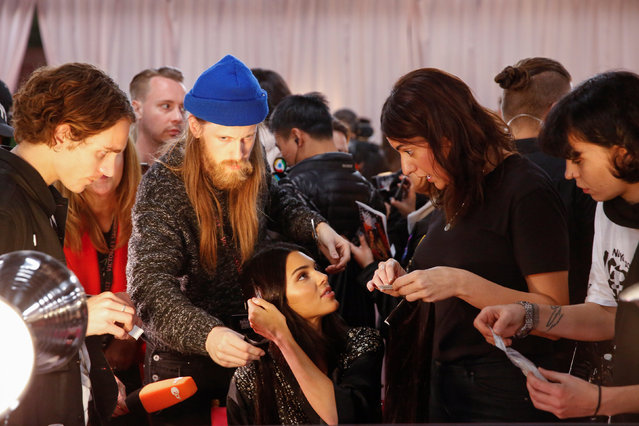 Kendall Jenner is prepared backstage during the Victoria's Secret fashion show in the Manhattan borough of New York City, U.S., November 8, 2018. (Photo by Caitlin Ochs/Reuters)