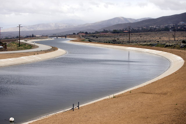 A section of the California aqueduct is pictured in Palmdale, April 7, 2015. (Photo by Mario Anzuoni/Reuters)