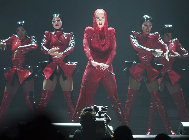 """Katy Perry performs on the first date of her world tour """"Witness: The Tour"""", on Tuesday, September 19, 2017, in Montreal.  (Photo by Ryan Remiorz/The Canadian Press via AP Photo)"""