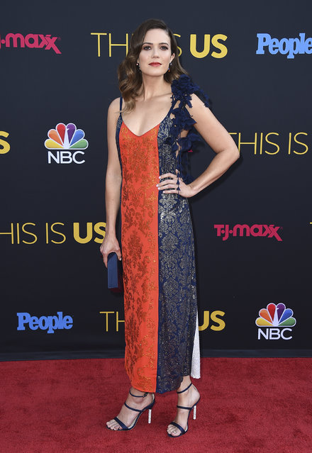 """Mandy Moore arrives at the Los Angeles premiere of """"This Is Us"""" Season 2 on Tuesday, September 26, 2017 in Los Angeles. (Photo by Jordan Strauss/Invision/AP Photo)"""