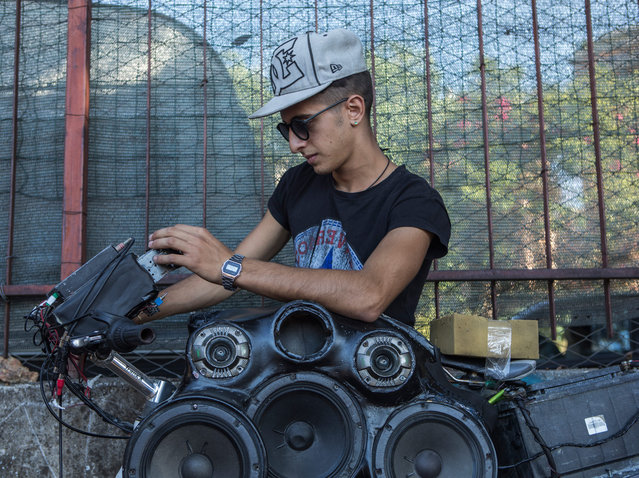 The teenagers of Bici Palermo Tuning say their weekly gatherings are often interrupted by the police. (Photo by Matteo de Mayda/Cosimo Bizzari/The Guardian)