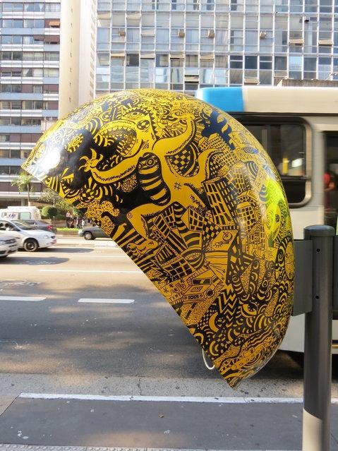 Work: Phonebooth Rolim Artist: Vitor Rolim Address: Avenida Paulista, 925 – ahead of Brazil market