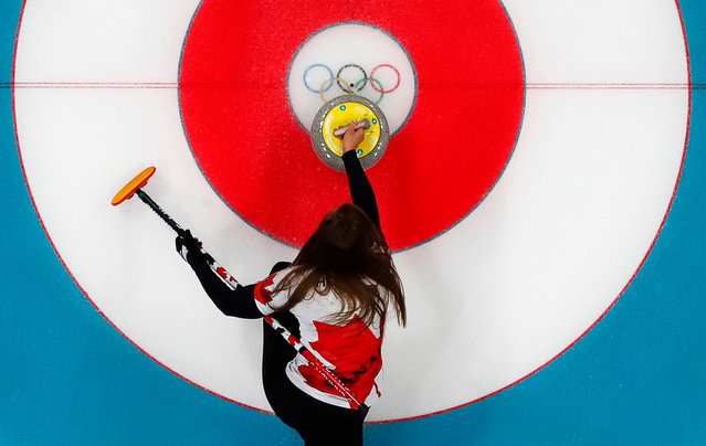 Canada' s skip Rachel Homan launches the stone during their women' s curling match against Japan at the 2018 Winter Olympics in Gangneung, South Korea, Monday, February 19, 2018. (Photo by Toby Melville/Reuters)