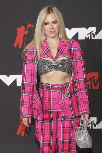 Canadian singer-songwriter Avril Lavigne arrives for the 2021 MTV Video Music Awards at Barclays Center in Brooklyn, New York, September 12, 2021. (Photo by Andrew Kelly/Reuters)