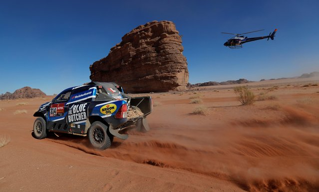 Overdrive Toyota's Erik Van Loon and Sebastien Delaunay during stage 3 Dakar Rally in Neom, Saudi Arabia on January 7, 2020. (Photo by Hamad I Mohammed/Reuters)