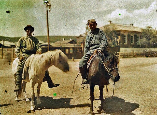 Two Buryat riders in Troitskosavske