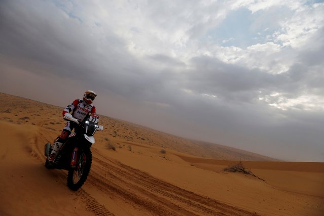 Hero Motosports Team Rally's Joaquim Rodrigues in action during stage 7 of the Dakar Rally in Saudi Arabia on January 10, 2021. (Photo by Hamad I Mohammed/Reuters)