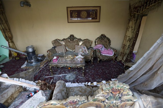 """A damaged room inside a house is seen after a suicide attack  on French restaurant  """"Le Jardin"""" in Kabul, Afghanistan January 2, 2016. (Photo by Mohammad Ismail/Reuters)"""