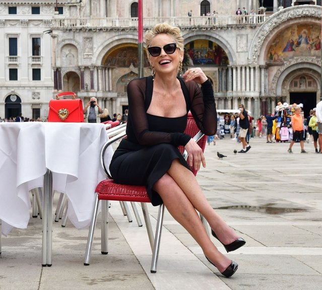 Rolling back the years and still looking incredible at the age of 63, the American actress Sharon Stone goes back to her sеxy seductive ways out on a Dolce and Gabbana shoot out in Venice on August 27, 2021. (Photo by Backgrid USA)