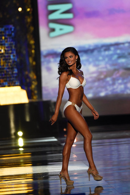 Miss Georgia Alyssa Beasley competes in the swimsuit competition of the 97th Miss America Competition in Atlantic City, New Jersey U.S. September 10, 2017. (Photo by Mark Makela/Reuters)