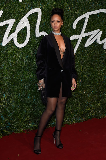 Rihanna attends the British Fashion Awards at London Coliseum on December 1, 2014 in London, England. (Photo by Pascal Le Segretain/Getty Images)
