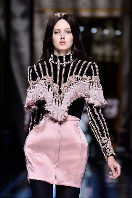 Lindsey Wixson walks the runway during the Balmain show as part of the Paris Fashion Week Womenswear Fall/Winter 2016/2017 on March 3, 2016 in Paris, France. (Photo by Pascal Le Segretain/Getty Images)