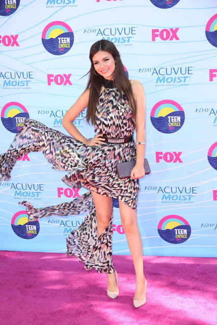 Actress/Singer Victoria Justice arrives at the 2012 Teen Choice Awards at Gibson Amphitheatre on July 22, 2012 in Universal City, California. (Photo by Jeffrey Mayer)