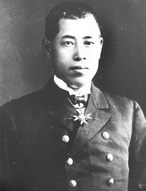 circa 1937:  Japanese rear admiral Isoroku Yamamoto (1884 - 1943), commander and architect of the Japanese attack on Pearl Harbour (Pearl Harbor).  (Photo by Central Press/Getty Images)