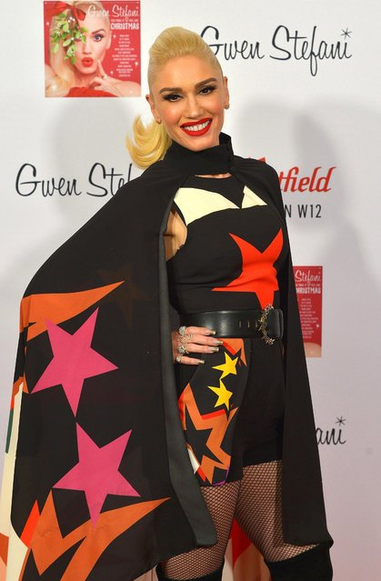 Gwen Stefani poses during the Westfield London Christmas lights switch on at Westfield on November 30, 2017 in London, England. (Photo by Jim Dyson/Getty Images)